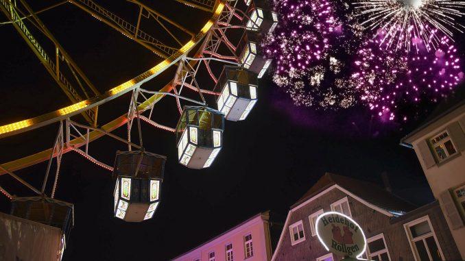 Herbstwoche Feuerwerk - Riesenrad (Foto von Dieter Tuschen)