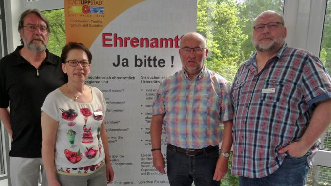 """Ansprechpartner für das neue Projekt """"Lippstädter Besuchs- und Begleitdienst"""". Foto: Stadt Lippstadt"""