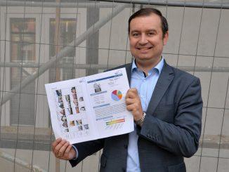 Klimaschutzmanager stellt Broschüre für Altbausanierungen vor