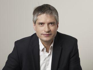 Sven WK Foto 1 326x245 - Für ein Grünes Europa: Spitzenkandidat Sven Giegold dirigiert den Auftakt in Lippstadt